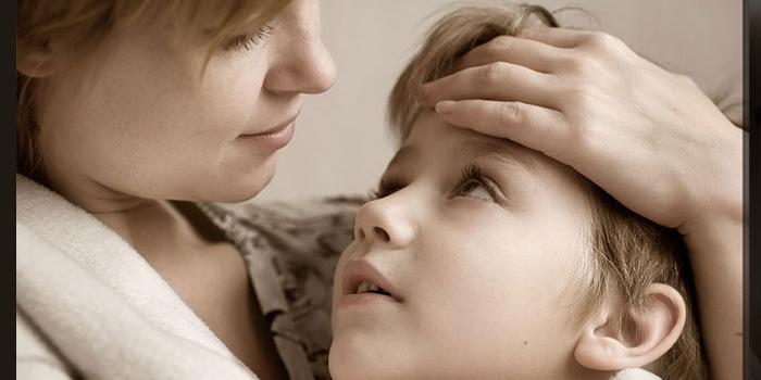Как бороться с детскими капризами, если они выражаются упрямством