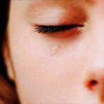 Смотрю и плачу